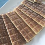 Pâques en confinement et recette de Chocolat blanc cru végétalien au caramel salé